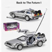 модель DeLorean Машина Времени
